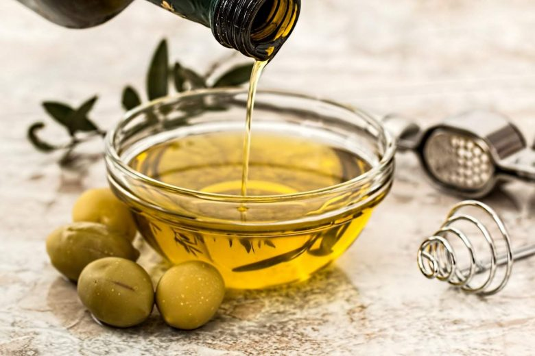 How to Choose Olive Oil for Cooking