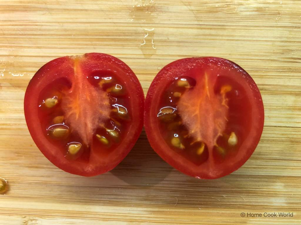 Cherry tomatoes with black spots