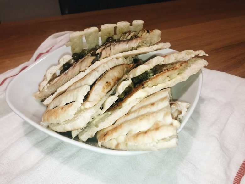 Greek Pita Fish Sandwich (Recipe)