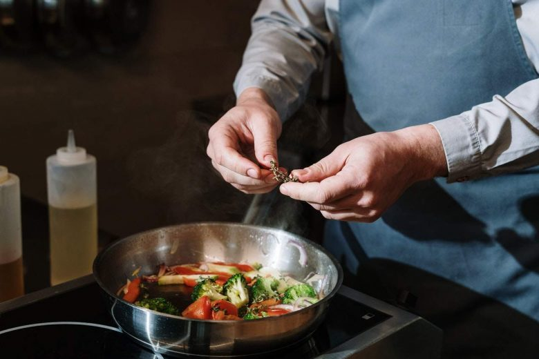 Are Stainless Steel Pans Non-Stick?
