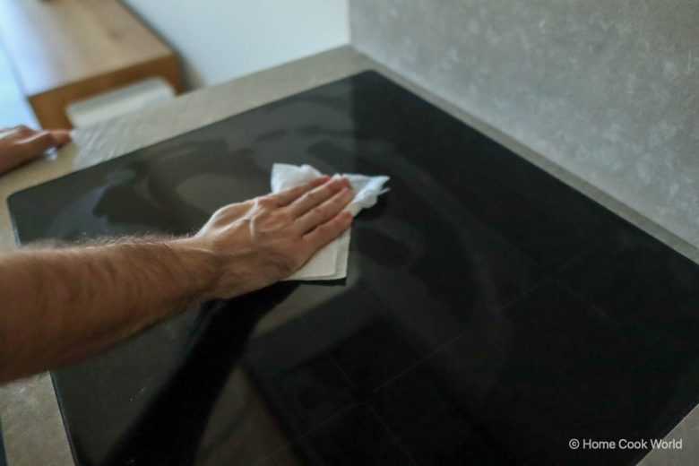 How to Clean Your Induction Cooktop Naturally