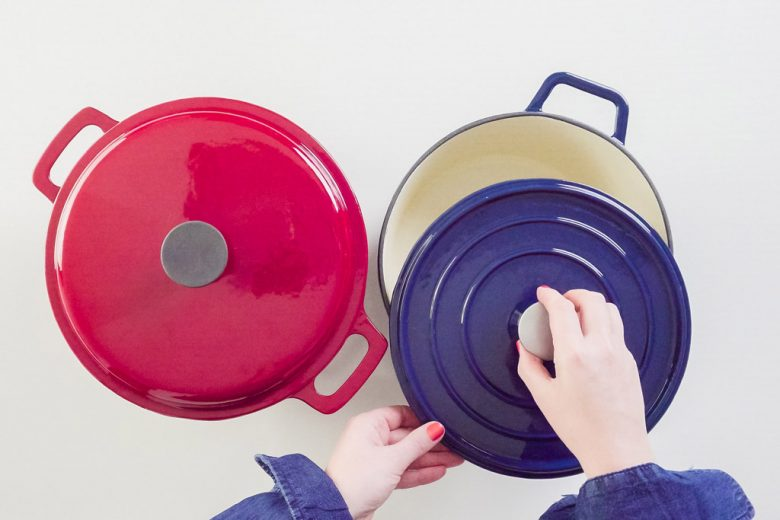 Photo of two Dutch ovens