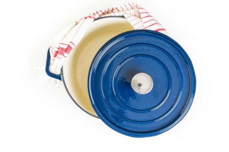 Photo of a Dutch oven